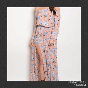 🆑 LAST 1 - Small Floral Off Shoulder Maxi Dress